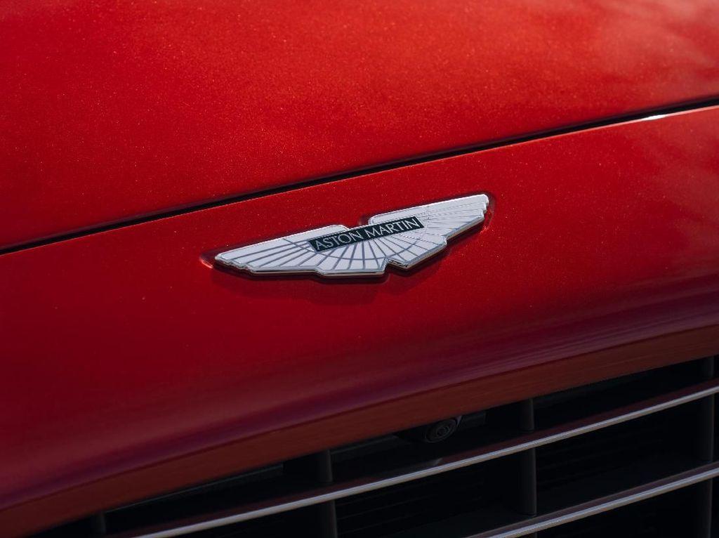 Sah! Bos Aston Martin Digantikan Bos Mercedes-Benz