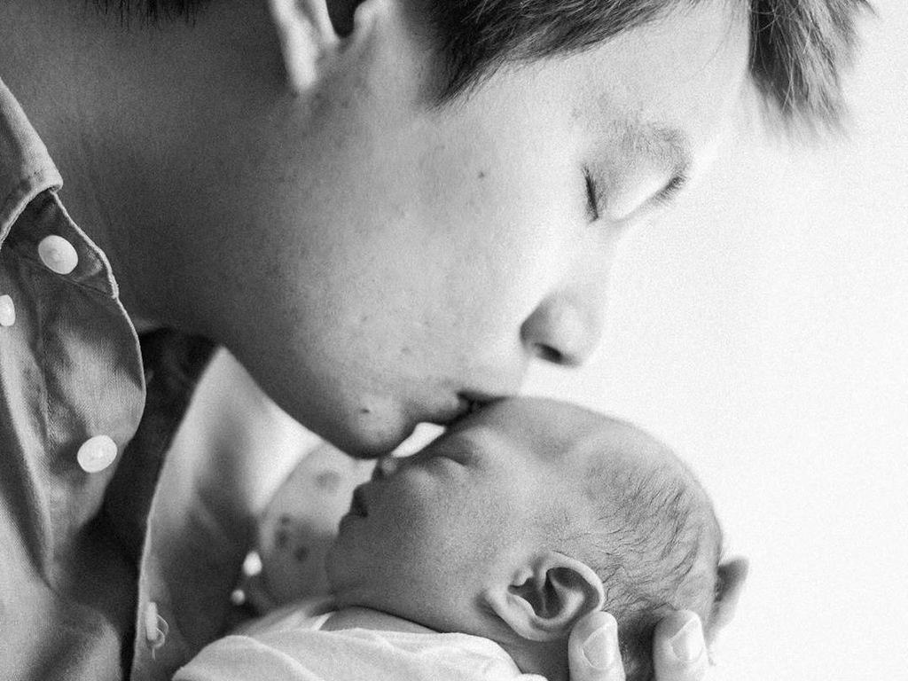 Baru Berusia 2 Bulan, Anak Edric Tjandra Sudah Punya Akun Instagram