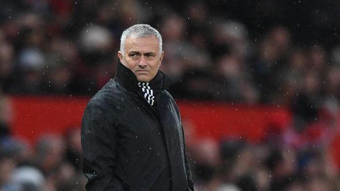 Jose Mourinho mempunyai rekor yang cukup bagus saat beradu taktik dengan Manuel Pellegrini. (Foto: Gareth Copley/Getty Images)