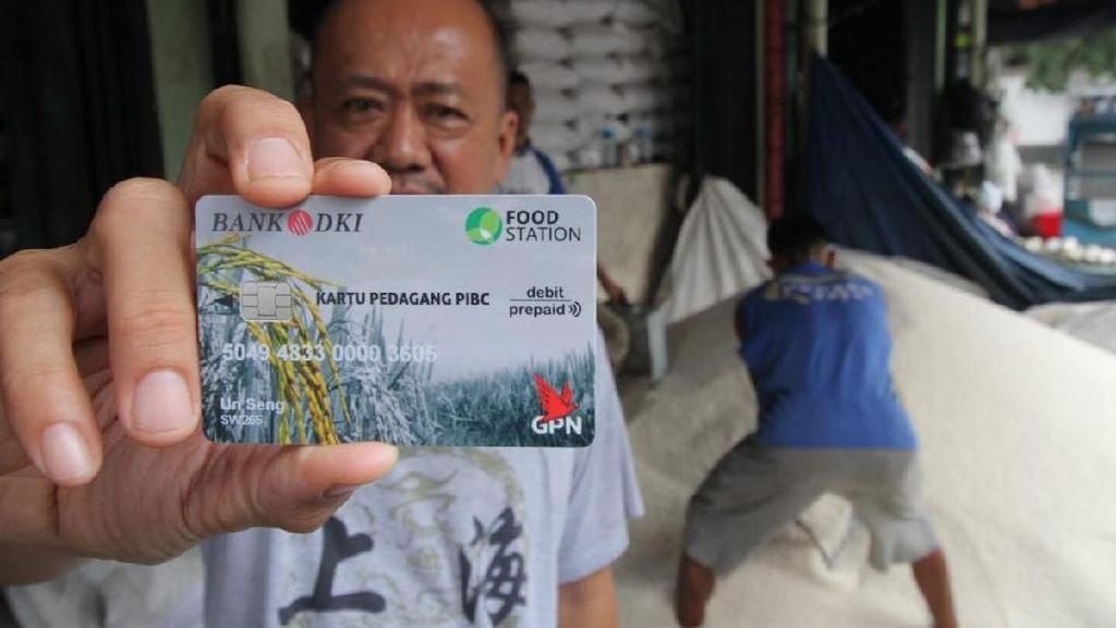 Beri Kemudahan Layanan Perbankan dengan Kartu Pedagang