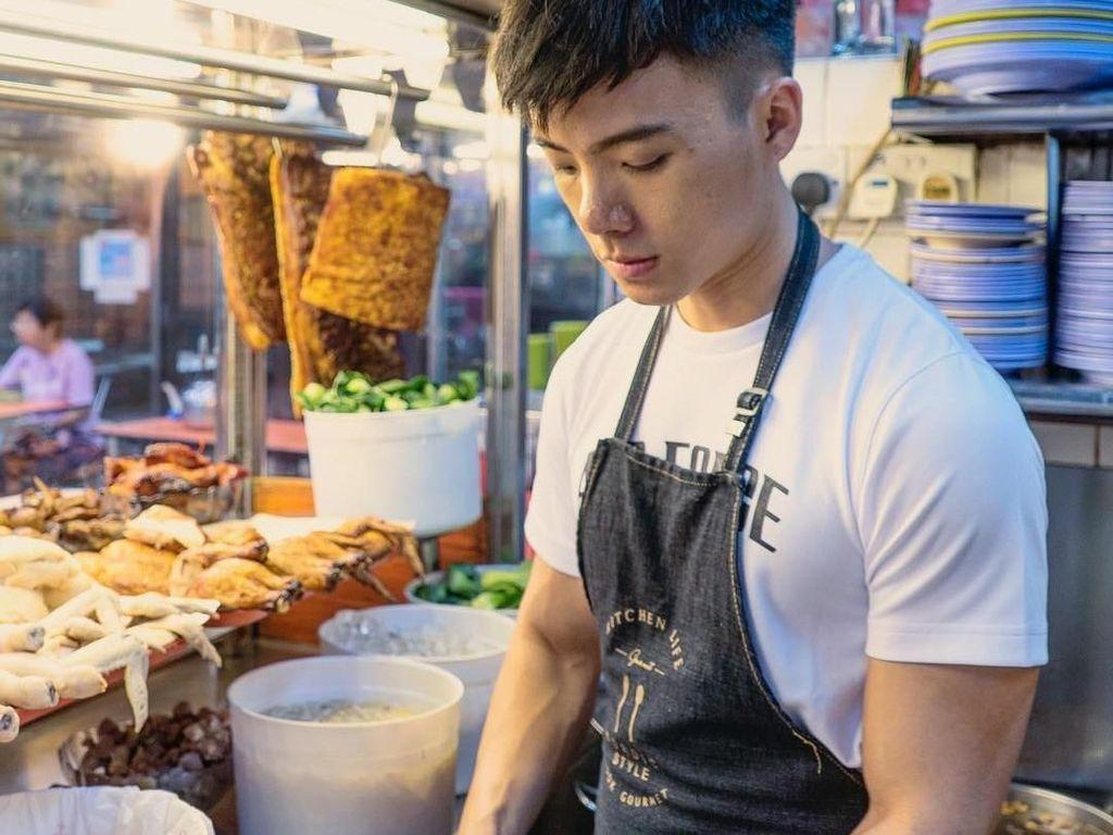 Penjual Nasi Ayam Kayak Model hingga Hidangan Koki Amatir Bikin Ngakak!