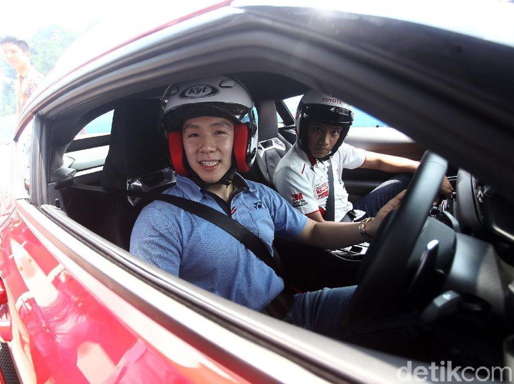 Lihat dari Dekat Mobil Kevin Sanjaya dan Marcus Gideon, Gahar!