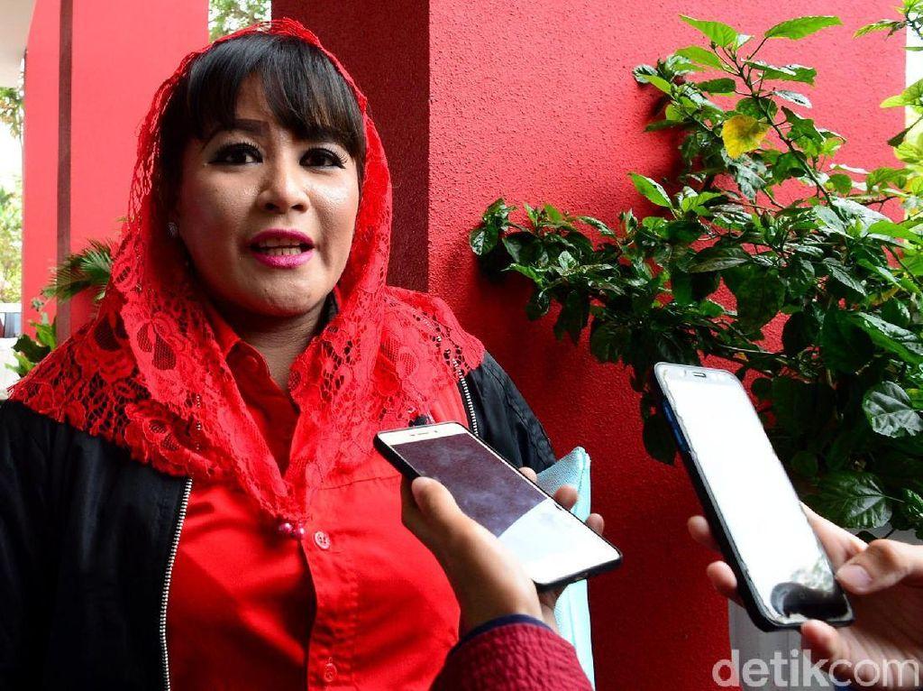 Ramai #TangkapDewiTanjung, Dewi Tanjung Juga Pernah Semprot UAS