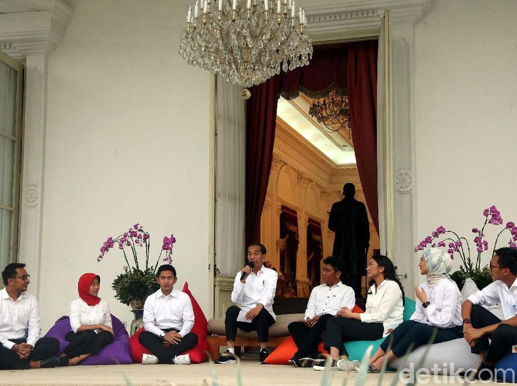 Diibaratkan Magang oleh Paloh, Stafsus Milenial Jokowi Jadikan Motivasi