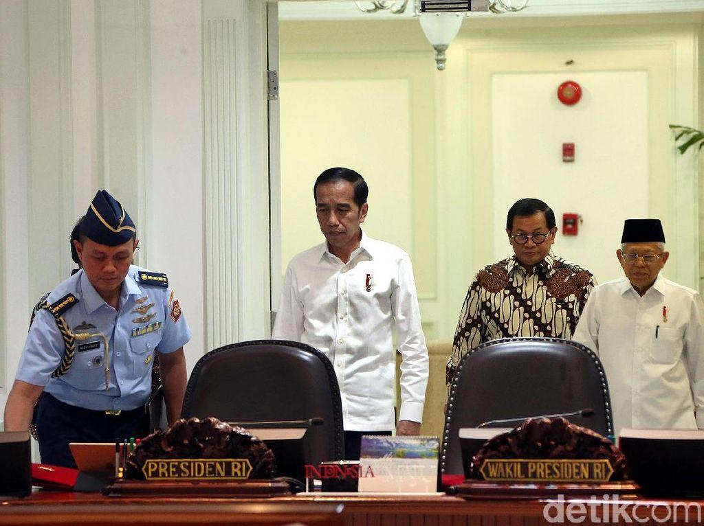 Muluskan Investasi, Jokowi Minta Menteri Cabut 40 Aturan