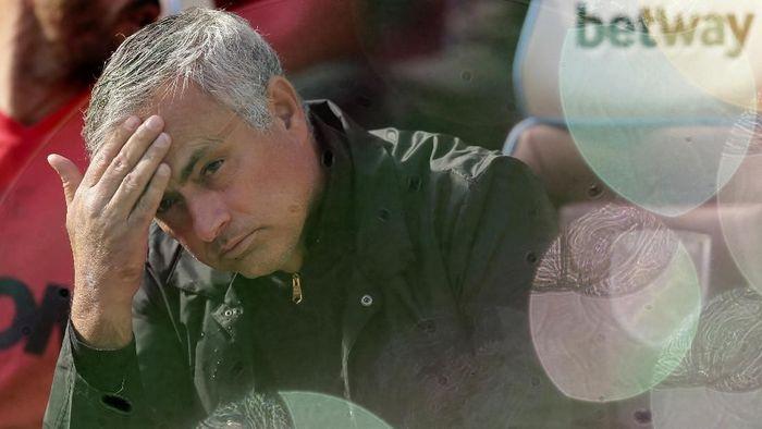 Jose Mourinho menunjuk dua orang staf kepelatihan baru dari Lille (AP Photo/Tim Ireland)