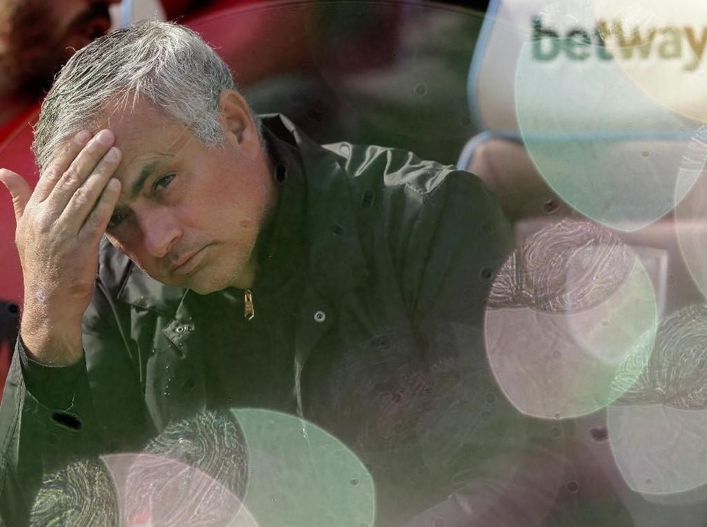Latih Tottenham, Mourinho Angkut Dua Staf Pelatih Lille