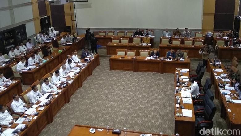 Komisi III Cecar BNPT soal Aksi Teror: Kenapa Bunyi Dulu Baru Dikejar?