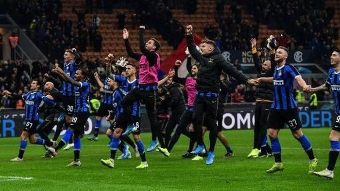 Inter Milan Dijagokan Untuk Menjuarai Liga Italia musim ini. Foto: Miguel Medina/AFP