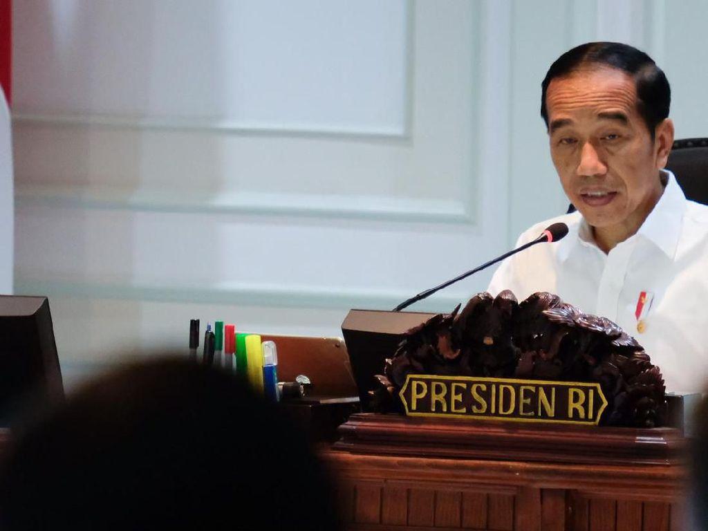 Alasan di Balik Keputusan Jokowi Pangkas Jabatan Eselon III-IV