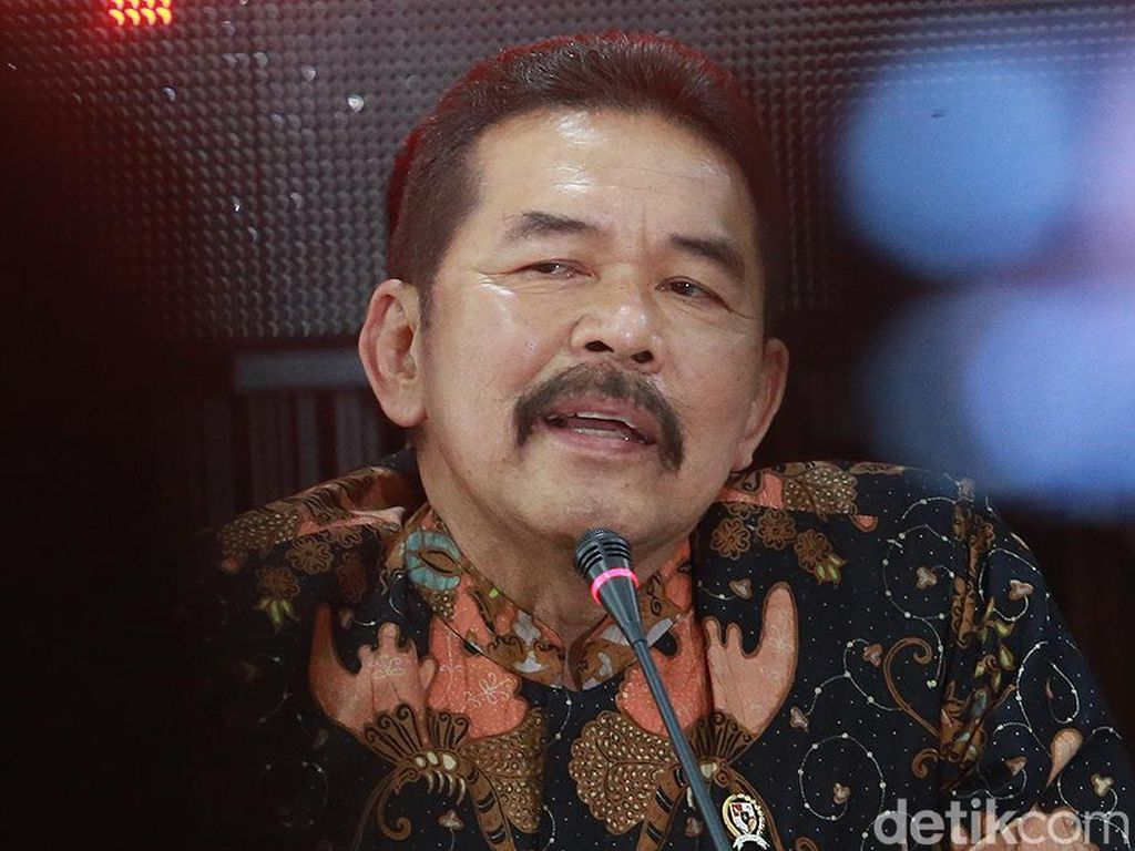 Pandemi Corona, Jaksa Agung Tantang Kajati Se-Indonesia Sidang via Online