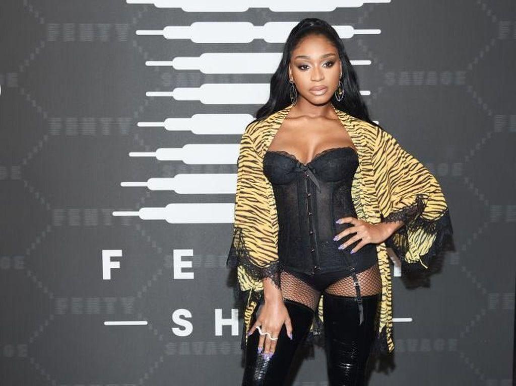 Rihanna Tunjuk Normani Jadi Duta Lingerie Savage x Fenty