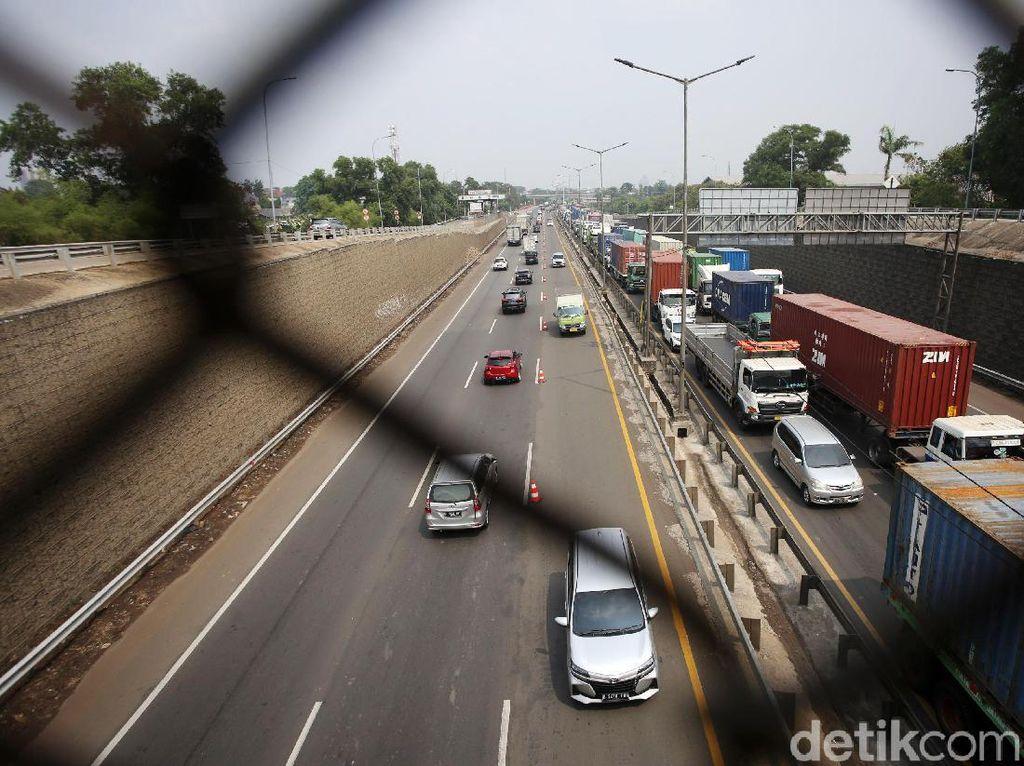 Sepekan PSBB Transisi, 100 Ribu Kendaraan Masuk ke Jakarta, Ini Rinciannya