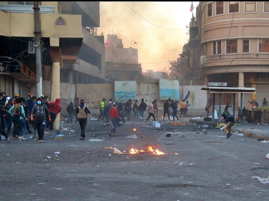 Ledakan di Irak Tewaskan Enam Orang Saat Demo Antipemerintah