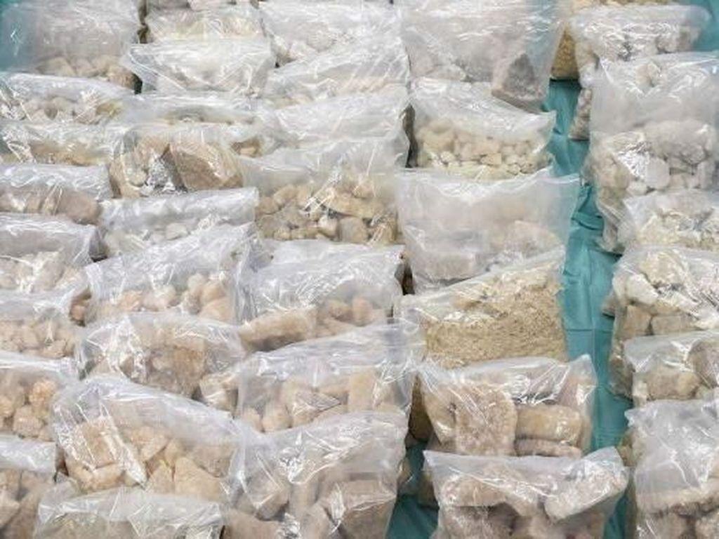 Polda Sulsel Musnahkan 14,6 Kilogram Sabu dan Ribuan Ekstasi