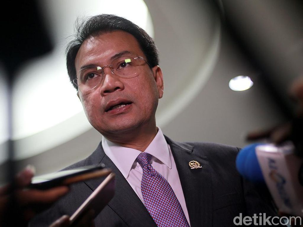 Dilaporkan ke MKD, Azis Syamsuddin: Semoga Tak Dipolitisasi