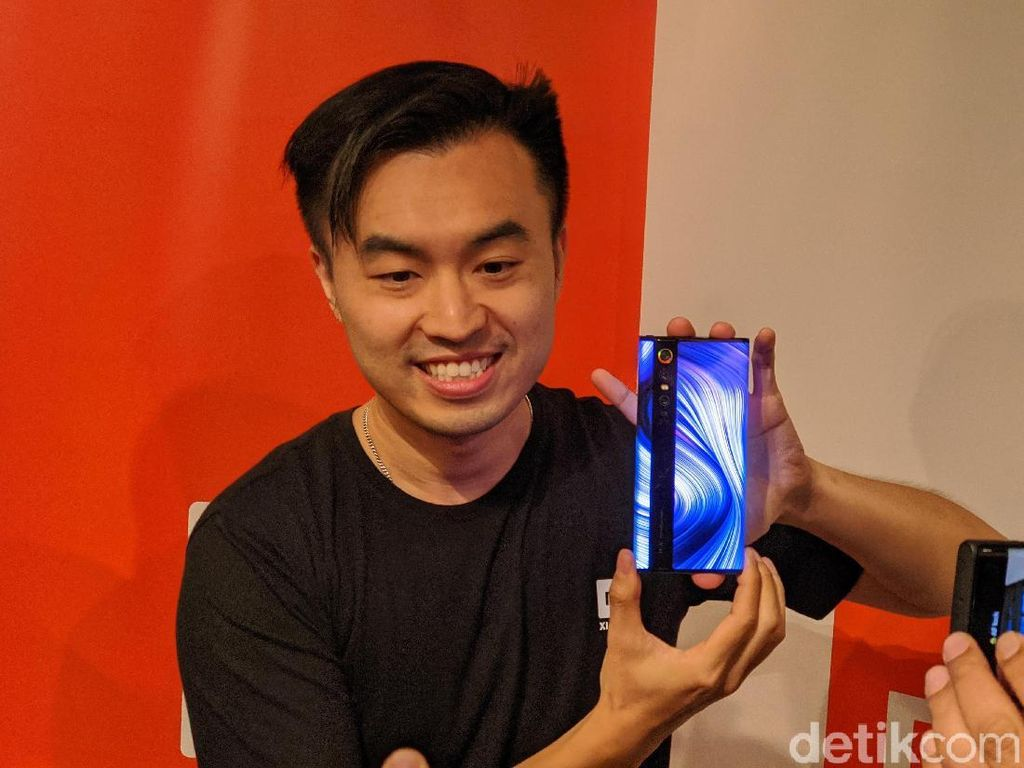 Xiaomi Tunda Kehadiran Mi Mix Alpha yang Desainnya Gila