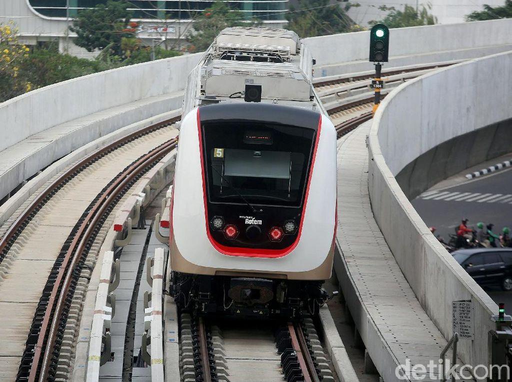 Pengelola Gandeng Swasta Ramaikan 4 Stasiun LRT Jakarta