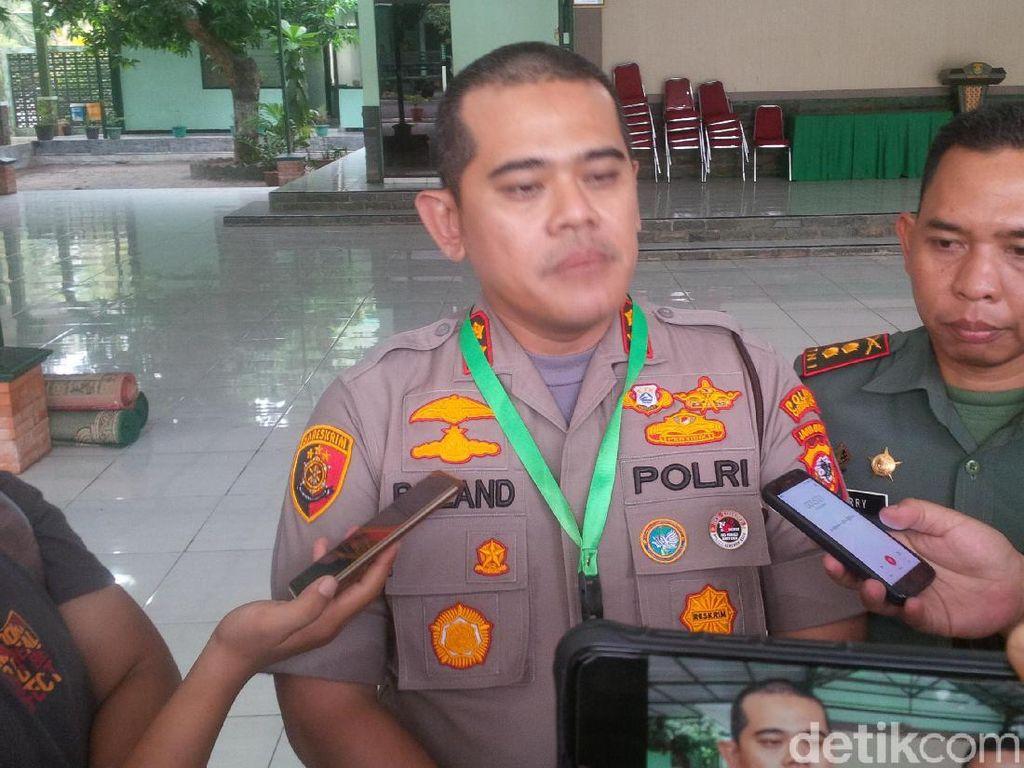 2 Pria Sempat Ditangkap Usai Maruf Amin Salat Jumat di Cirebon