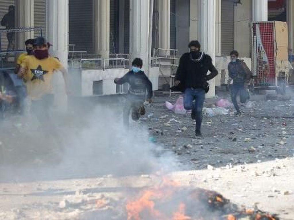 Bentrok Pendemo dengan Polisi di Irak, 4 Orang Tewas