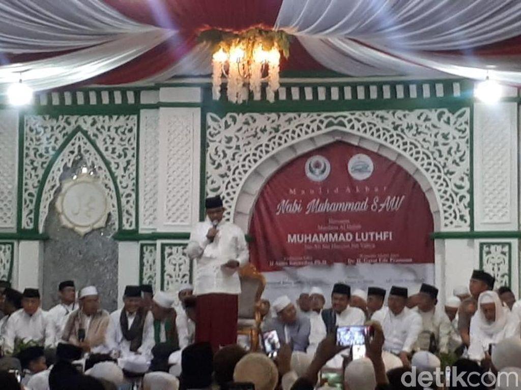 Hadiri Maulid Nabi Bersama Habib Luthfi, Anies Sampaikan Pesan Damai