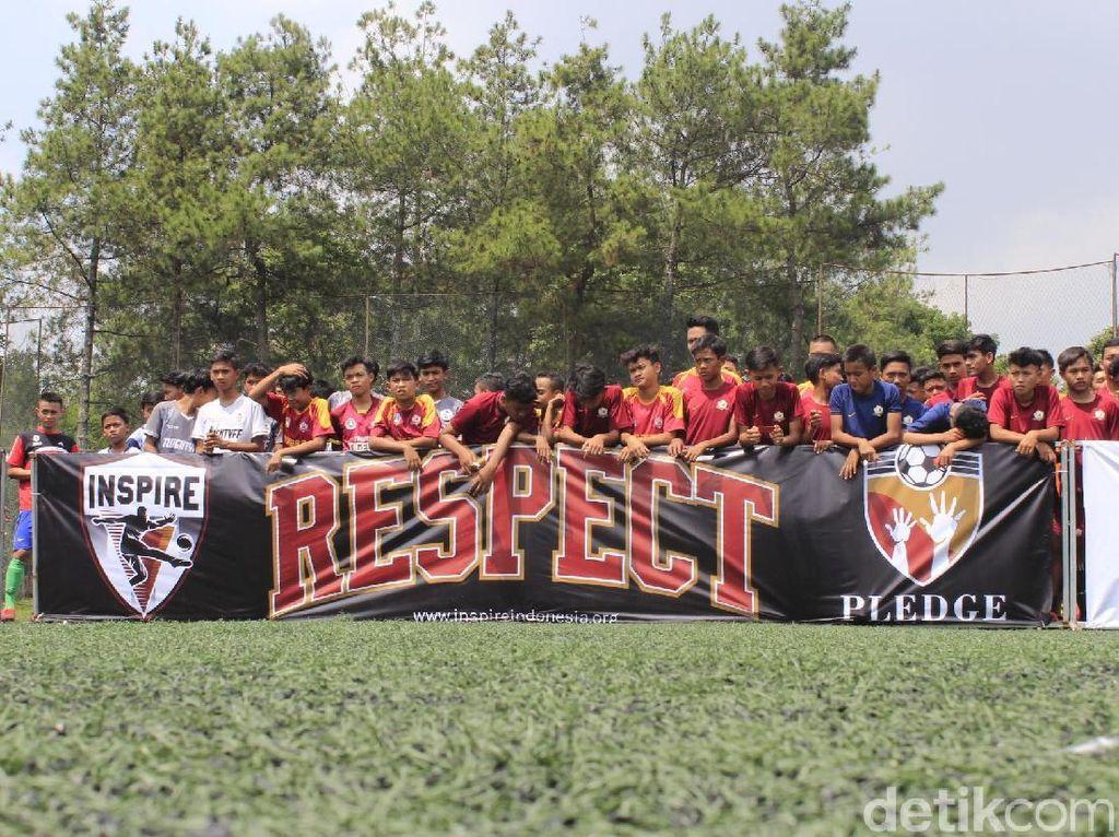 Pledge United, Hapus Diskriminasi Gender Melalui Sepakbola