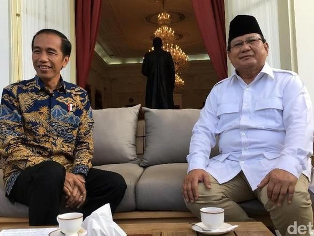 Bangganya Prabowo Saat Jokowi Raih Prestasi