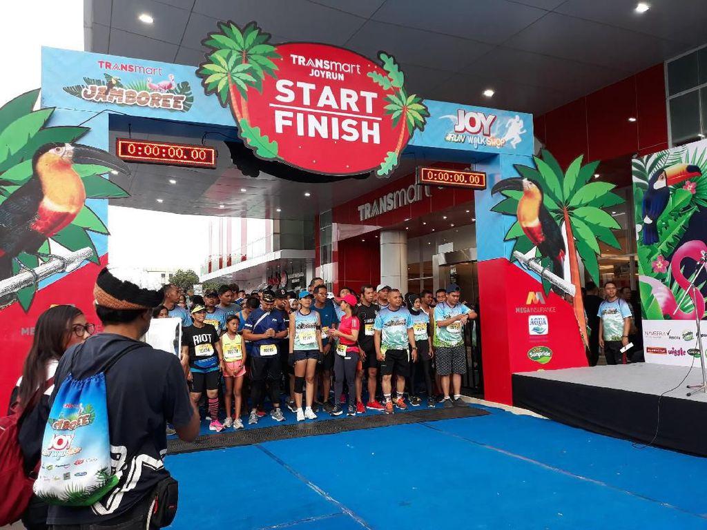 Seru! Ribuan Warga Yogyakarta Ikuti Joy Run Walk and Shop Transmart