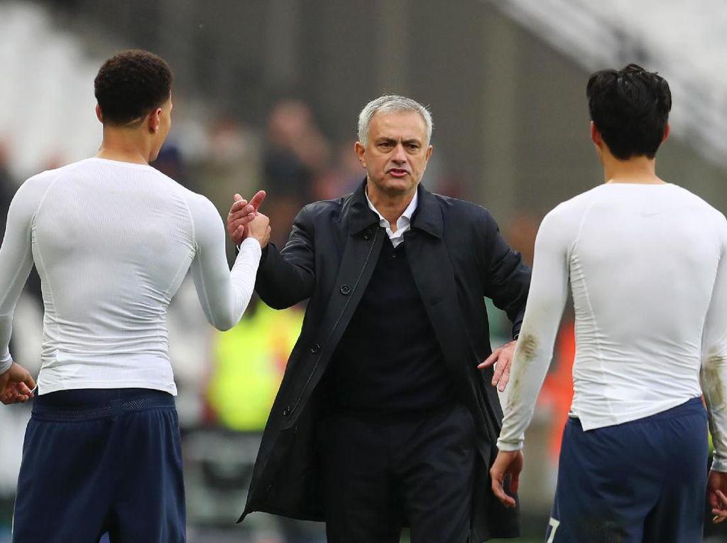 Lewat Prestasinya, Mourinho Sudah Tunjukkan Kapasitasnya