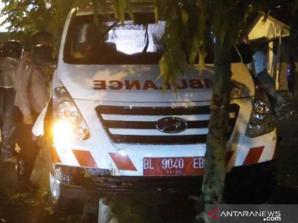 Ambulans RSUD Meulaboh Kecelakaan, Ternyata Dikemudikan Bukan Sopir Resmi