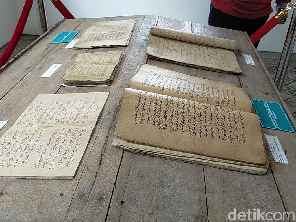 Diisi Barang-barang Kuno, Dari Mana Museum Pendidikan Mendapat Koleksinya?