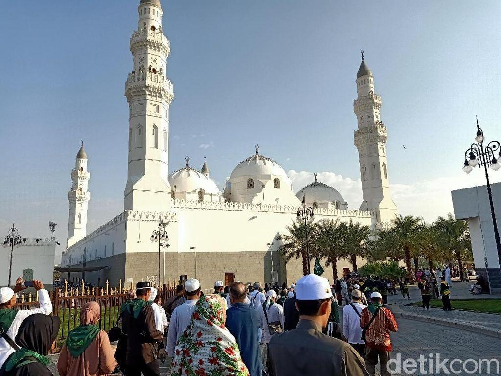 Sejarah dan Keutamaan Sholat di Masjid Quba: Pahalanya Setara Umrah