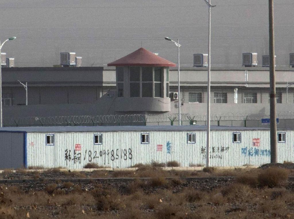 RUU Soal Sanksi untuk China terkait Uighur Diteruskan ke Meja Trump