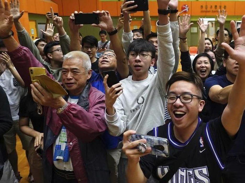 Pemilu Hong Kong, Partai Pro-Demokrasi Menangkan Hampir 90 Persen Kursi