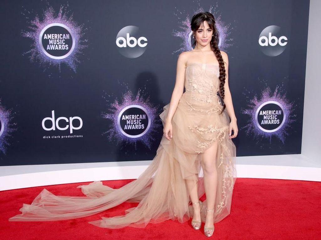 Camila Cabello Tutup Tahun dengan Kabar Dugaan Mencuri Lagu