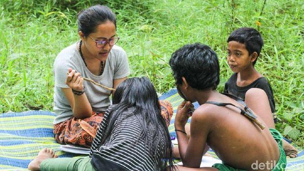 Yohana Marpaung Guru Anak-anak Rimba di Jambi(dok ist)