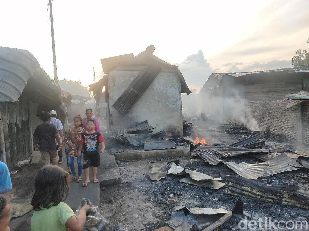Polisi Periksa 3 Saksi Terkait Kebakaran 700 Kios di Tanjung Balai