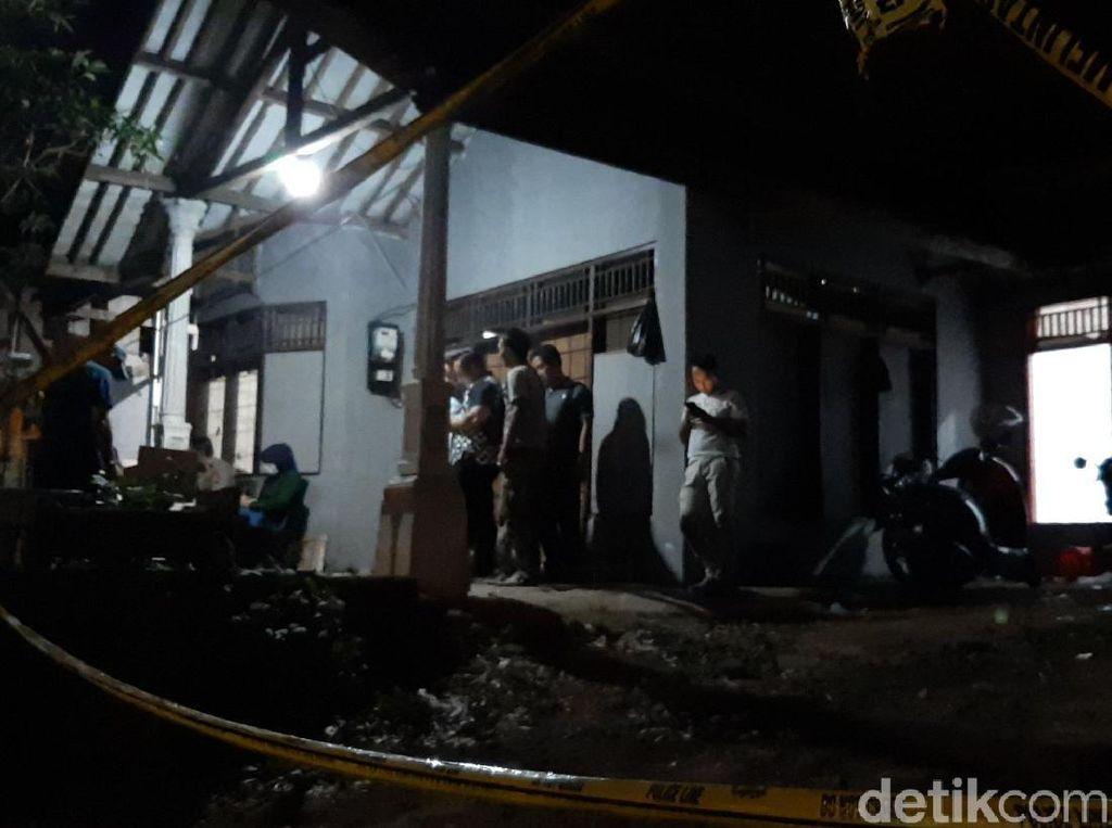 Diduga Produksi Pil Narkotik di Tasik, Penyewa Rumah Ditangkap