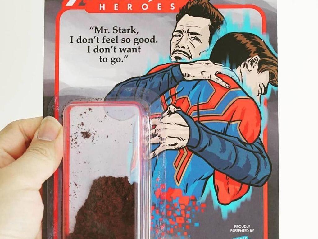 Pajangan Nyeleneh dari Komik Faktap, Bikin Avengers Berhadiah Kopi