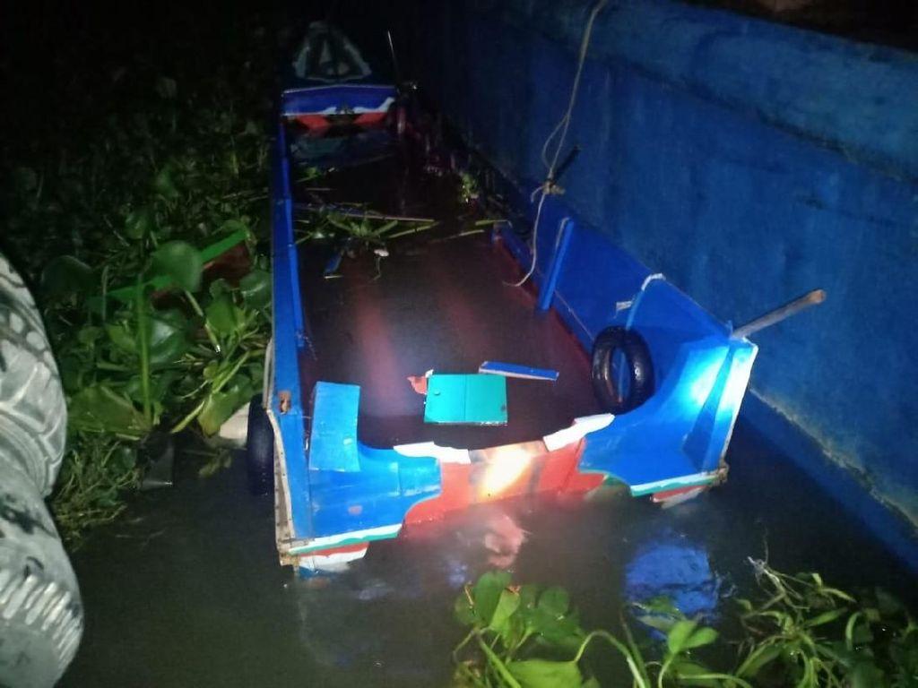 Pengemudi Speed Boat Tewas Menabrak Tongkang Lego Jangkar di Sungai Musi