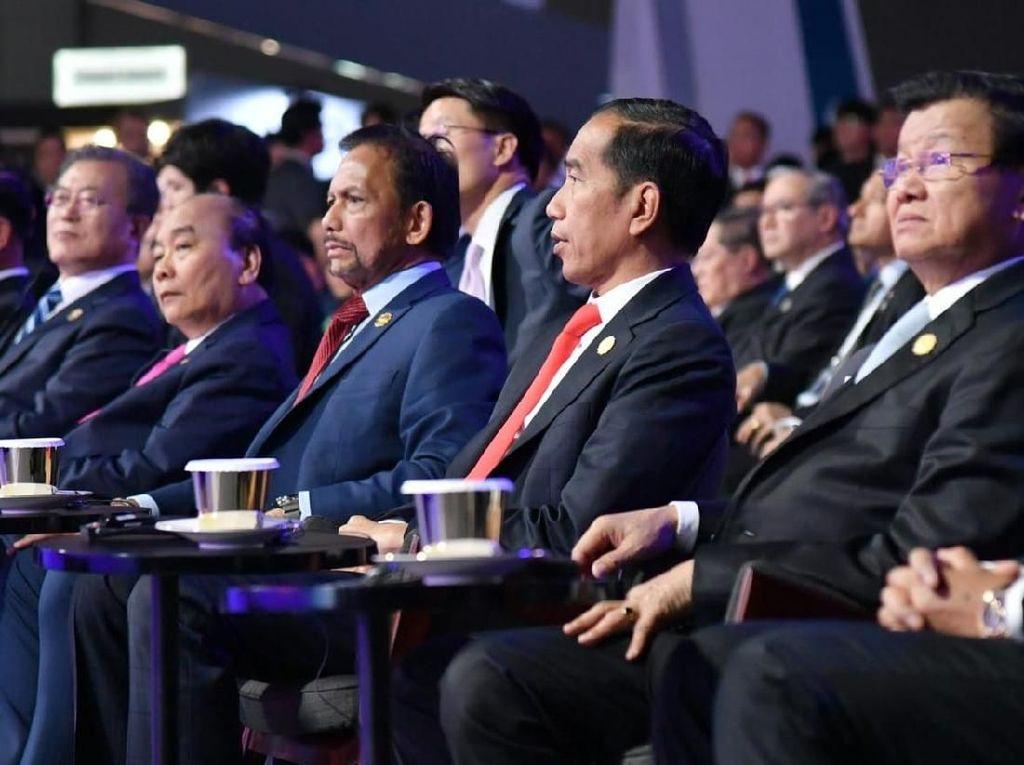 Punya Kabinet Gemuk, Jokowi: Jangan Nilai dari Banyaknya