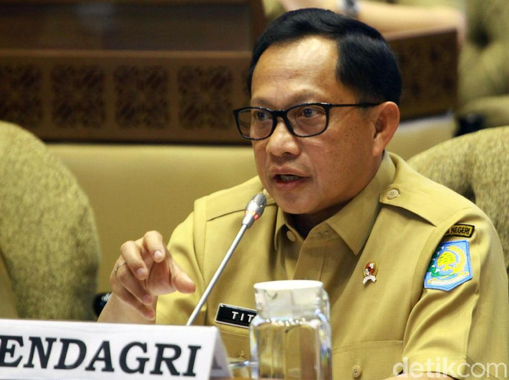 Johan Budi Usul Mendagri Tak Di-reshuffle, Tito Khawatir Dikira Pesanan