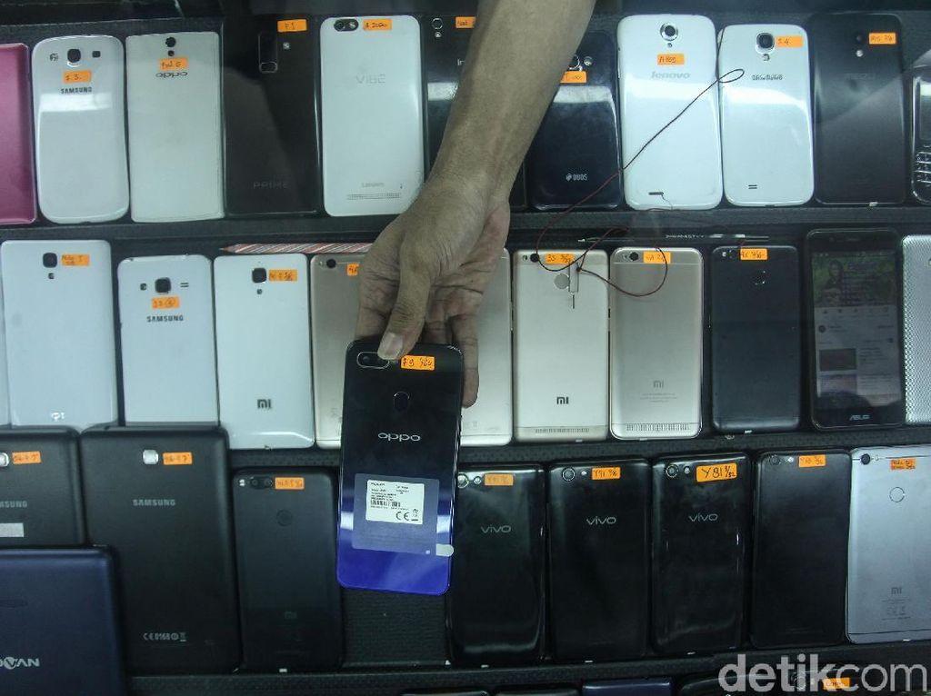 Aturan IMEI Segera Berlaku, Apa Kabar Stok Ponsel BM di Gudang?