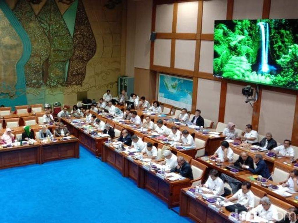 DPR Panggil Menteri ESDM Bahas Anggaran Kementerian