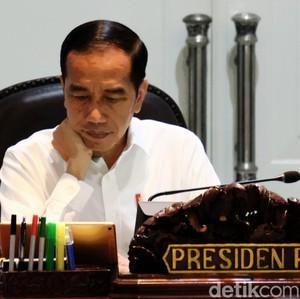 Pangkas Eselon Tak Potong Gaji, Jokowi: Jangan Dipelintir