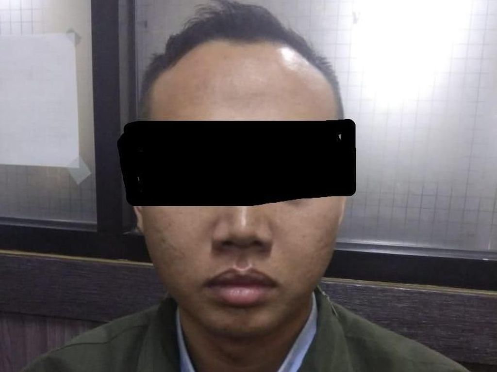 Pengedar Film Porno Ditangkap Polisi, Omzet Capai Rp 100 Juta