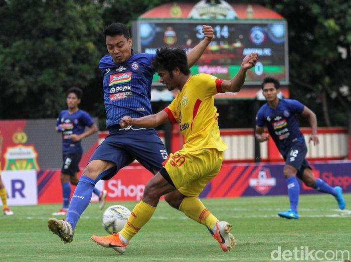 Arema FC kalah dari Bhayangkara FC karena tak bermain efektif. (Foto: Rifkianto Nugroho/detikcom)