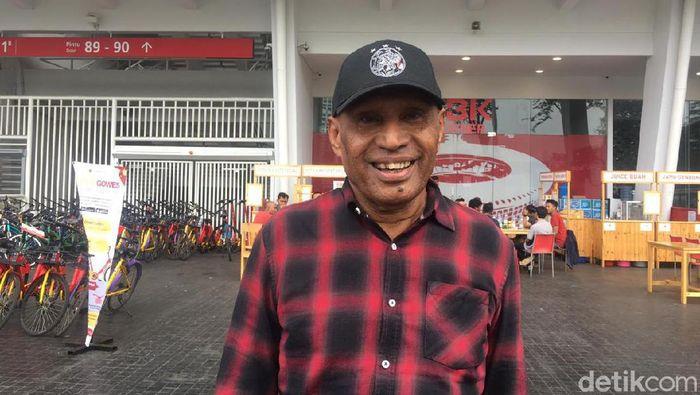 Bos Persipura Jayapura, Benhur Tomi Mano, memperkirakan operasional Mutiara Hitam di musim 2020 membengkak. (Foto: Mercy Raya/detikcom)