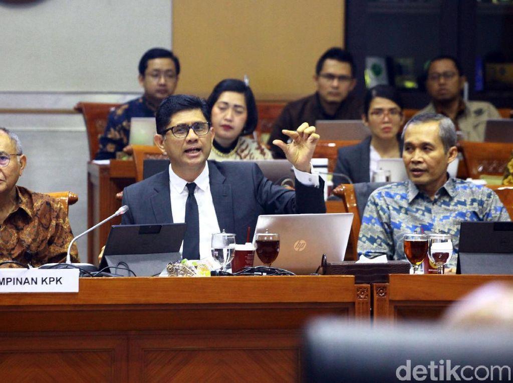 Komisi III Cecar Kasus-kasus Belum Selesai di KPK