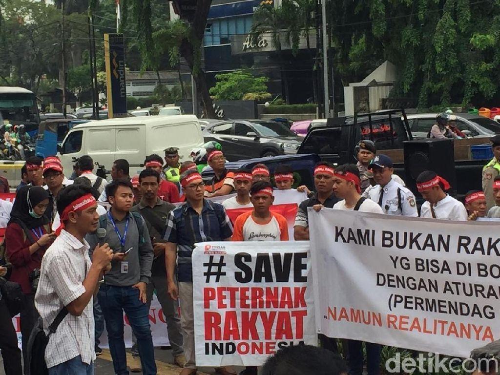 Demo di Kemendag, Peternak Ayam: Harus Ada Harga Acuan yang Pasti
